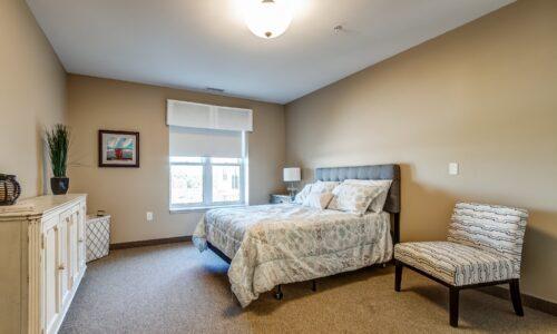 Bedroom in suite at Oakcrossing Retirement Living