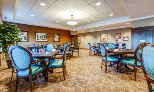 Dining room at Oakcrossing Retirement Living
