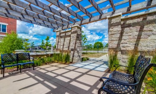 Seating area in courtyard at Oakcrossing Retirement Living